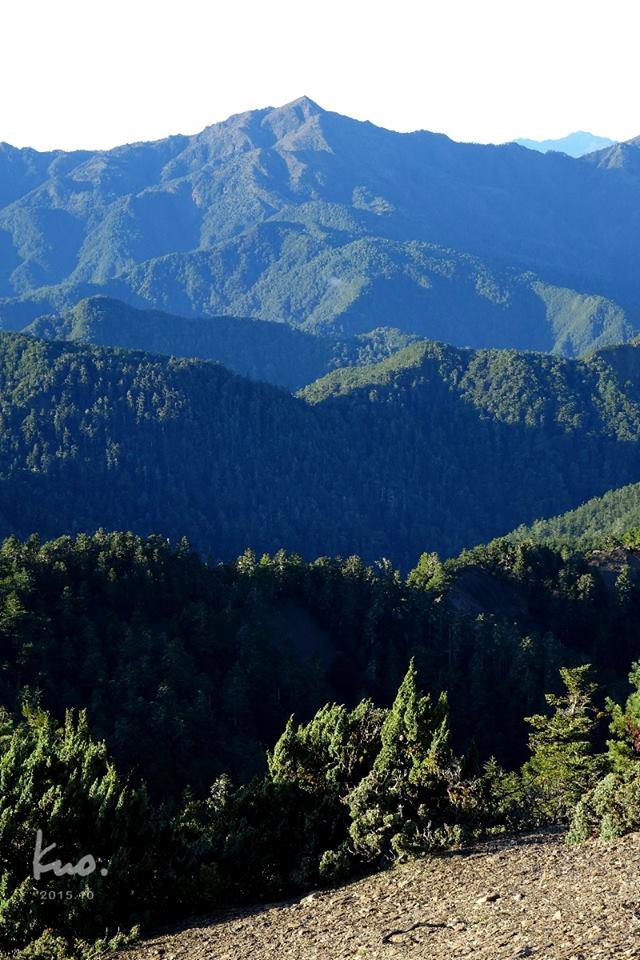 3-4 北-裡門山攝〜清晨的馬利加南山